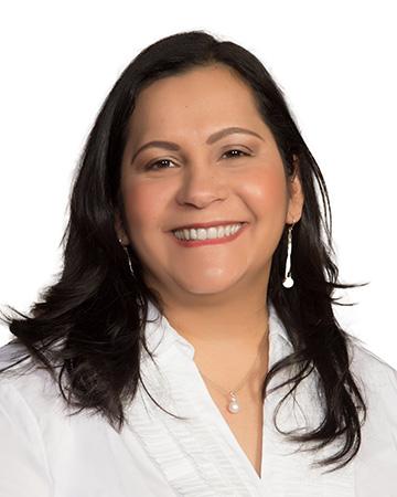 Dina Zavala profile photo