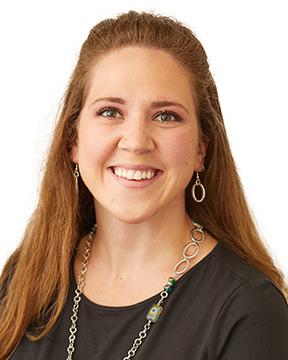 Elizabeth Peitzman profile photo