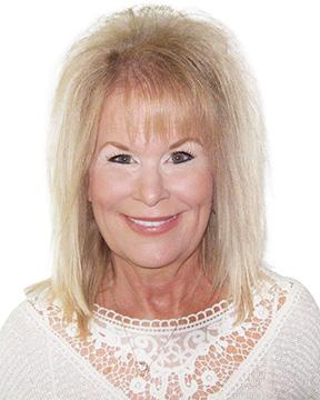 Lori Komarek profile photo